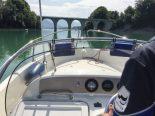 Cheyres FR - Boot auf Neuenburgersee gekentert