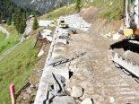 Davos Monstein GR - Arbeiter stürzt von Mauer