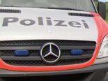 Neuhausen a./Rhf. SH - Lenker entfernt sich pflichtwidrig nach Unfall mit Streifenwagen