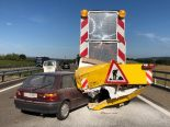 Unfall in Frauenfeld TG - Auf der A7 mit Signalisationsanhänger kollidiert