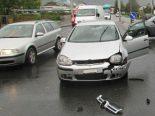 Näfels GL - Verkehrsunfall mit Sachschadenfolge