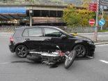 Seewen SZ - Töfffahrerin bei Unfall verletzt