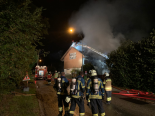 Selzach SO - 50 Feuerwehrleute löschen brennendes Mehrfamilienhaus