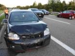 Züberwangen SG - Zwei Autos mit Totalschaden nach Auffahrunfall auf A1