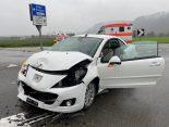 A1 Safenwil AG - Mehrere Unfälle: Lenkerin (27) prallt gegen Leitplanke