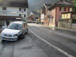 Unfall Bilten GL - Kollision zwischen zwei Personenwagen