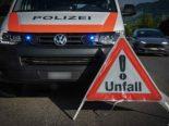 Cham ZG - Unfall zwischen vier Fahrzeugen auf der A4a