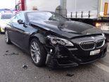 Niederlenz AG - Mit BMW gegen Lastwagen geprallt