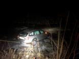 Unfall in Matt GL - Auto in Sernf gerollt