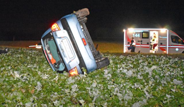 Unfall Grosswangen LU - Auto in Linkskurve überschlagen