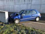Unfall Füllinsdorf BL - Alkoholisierter Lenker kollidiert frontal mit Tunnelportal