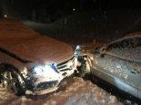 Unfall Diesbach GL - Auf Gegenfahrbahn geschleudert