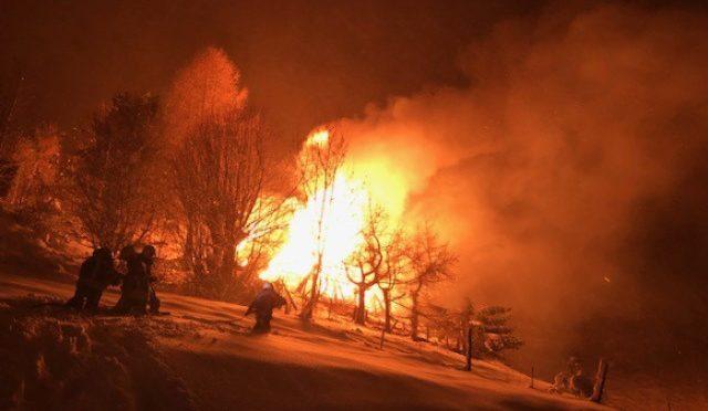 Saxon VS - Chalet geht in Flammen auf