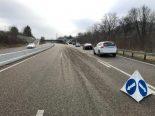 Sissach BL - Lastwagen verliert Schottersteine auf Autobahn