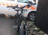Glarus - Verkehrsunfall zwischen Fahrradfahrer und Passantin