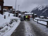 Unfall Klosters GR - In Stützmauer geprallt