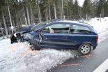 Nufenen GR - Zweimal Totalschaden nach Unfall auf der Autostrasse A13