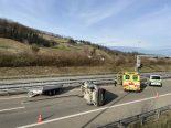 Unfall A3, Schinznach AG - Anhängerzug in Tunnel gekippt