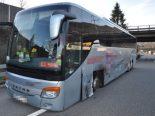 Rothrist AG - Reisecar auf A1 außer Kontrolle geraten
