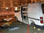 Hasle LU - Unfall zwischen PW und zwei Lieferwagen