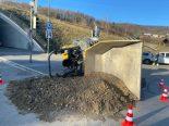 Küttigen AG - Unfall in Kreisverkehr
