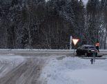 Unfall in Waldstatt AR - Auto rutscht auf befahrene Hauptstrasse