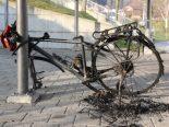 Appenzell AI - Fahrrad bei Wührehalle angezündet
