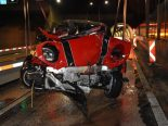 Unfall A2, Hergiswil NW - Heftige Kollision mit mobilem Verkehrsteiler