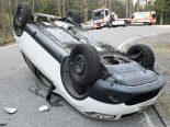Kriens, Ortsteil Obernau LU - Beifahrer nach Selbstunfall verletzt
