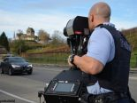 Raser in Hauteville FR - Führerausweis abgenommen, Auto beschlagnahmt
