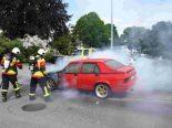Oberbüren SG - Auto während Fahrt in Brand geraten
