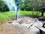Mettlen TG - Holzbeige bei Grillstelle in Brand geraten