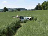 Heftiger Unfall Schnottwil SO - Mit mehrfachen Überschlägen ins Feld