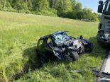 Oberrüti AG - Lenker nach Frontalkollision auf der Unfallstelle verstorben