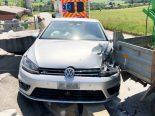 Eschlikon TG - Auffahrunfall zwischen Auto und Lieferwagen