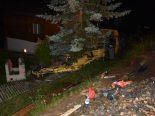 Disentis GR - Baggerführer nach Unfall in Kabine eingeklemmt