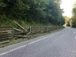 Unfall Holderbank SO - In Holzwand gekracht und abgehauen