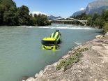 Maienfeld GR - Lastwagen landet führerlos im Rhein