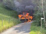 Zénauva FR - Campingbus durch Brand zerstört
