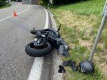 Heftiger Unfall Küttigen AG - Lenkerin schwer verletzt