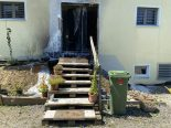 Menziken AG - Hauseingang brennt lichterloh