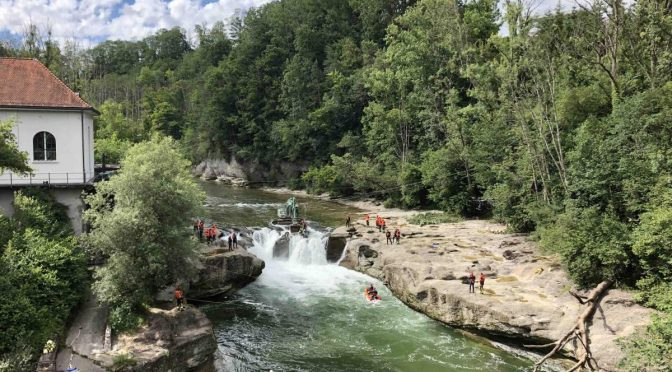 Brübach/Henau SG - Vermisste Personen tot aus Wasserfall geborgen