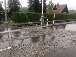 St.Gallen - Wegen starken Regenfällen Steine auf Strasse geschwemmt