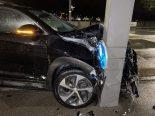 Autounfall in Rieden (Obersiggenthal) AG - Lenker prallt in Lichtsignalpfosten