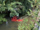 Oberkulm AG - Traktor landet im Bachbett