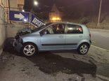 Schaffhausen SH - Vier Personen bei Alleinunfall verletzt