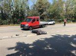 Pratteln BL - Unfall zwischen Lieferwagen und Motorrad
