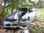 St. Niklausen OW - Mit gestohlenem Auto in Baum gekracht