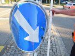 Solothurn - Lichtsignalmast und Verkehrsschild touchiert