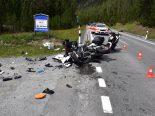 Heftiger Verkehrsunfall in Zernez GR fordert zwei Schwerverletzte